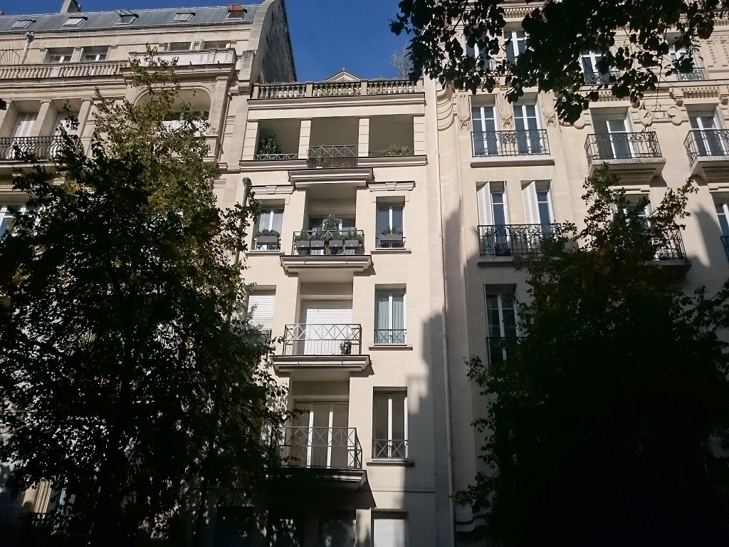 Apartment in Paris 16th
